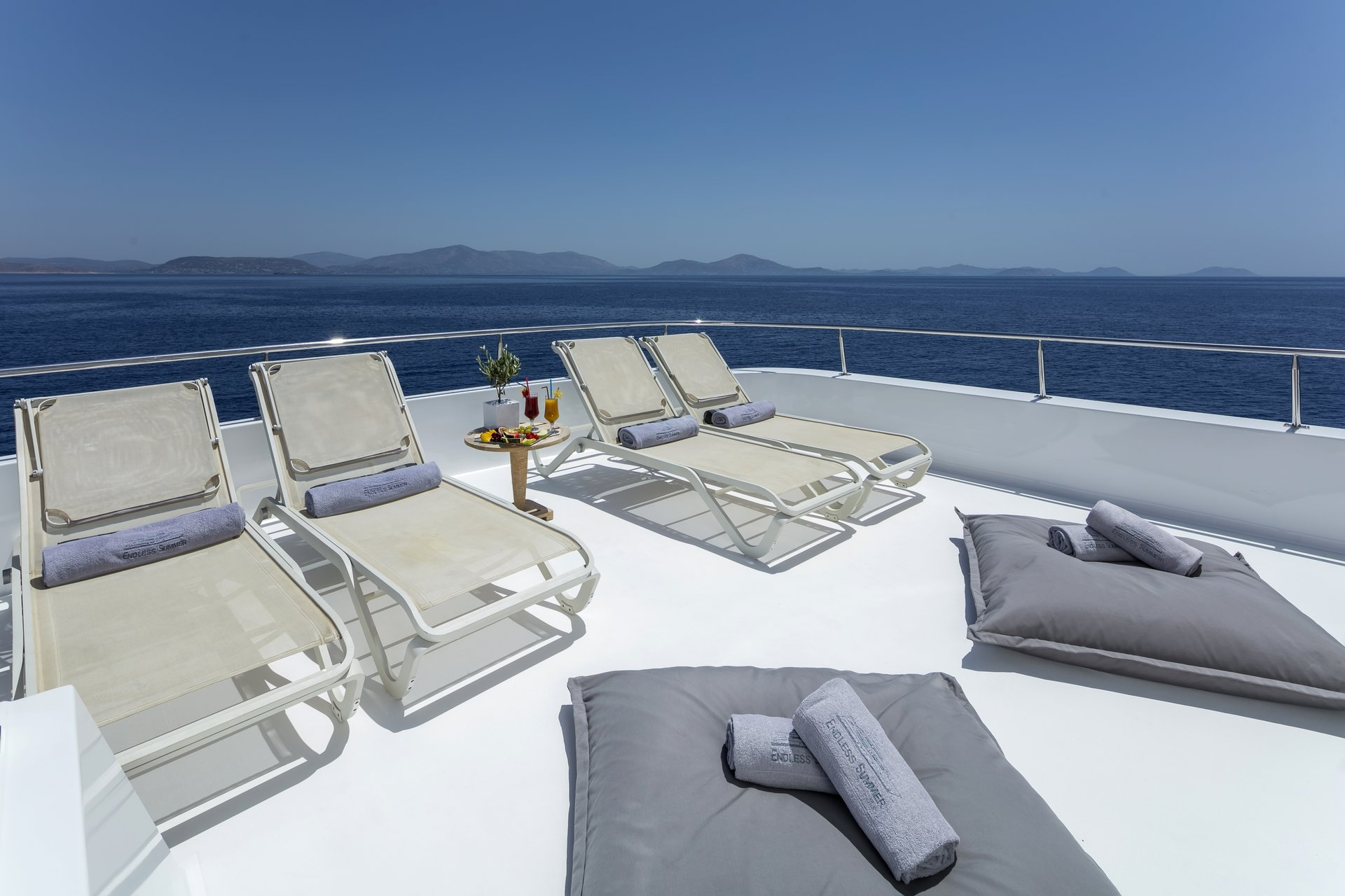 m/y endless summer yacht for charter sun deck