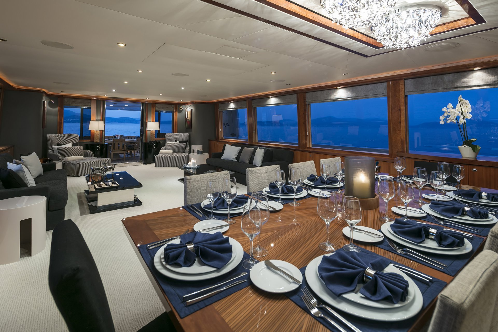 m/y endless summer yacht for charter indoor dining table