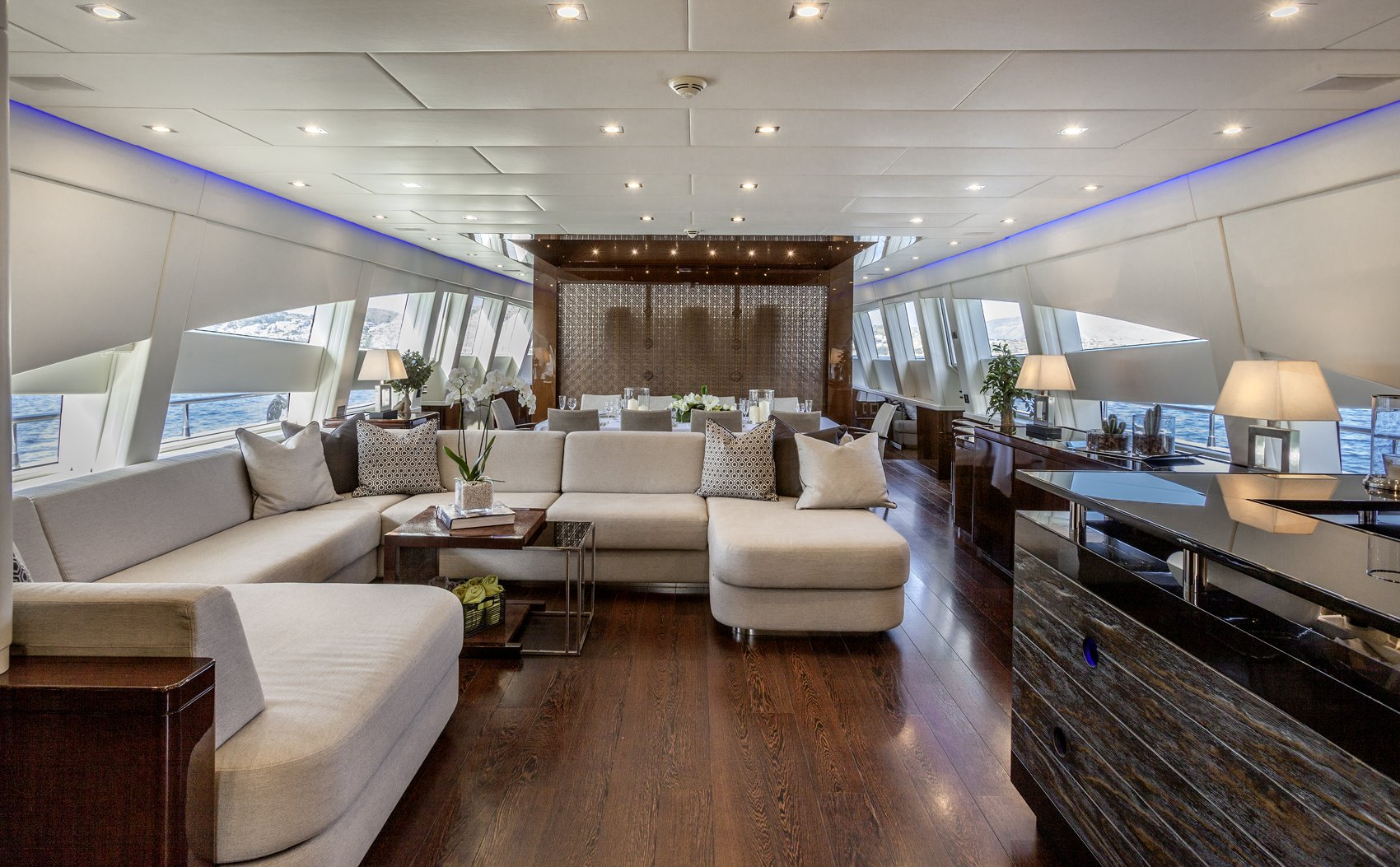 M/Y MY TOY yacht for charter living room