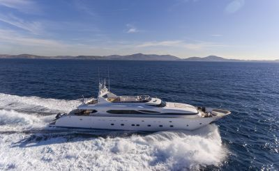 M/Y PARIS A yacht for charter sailing