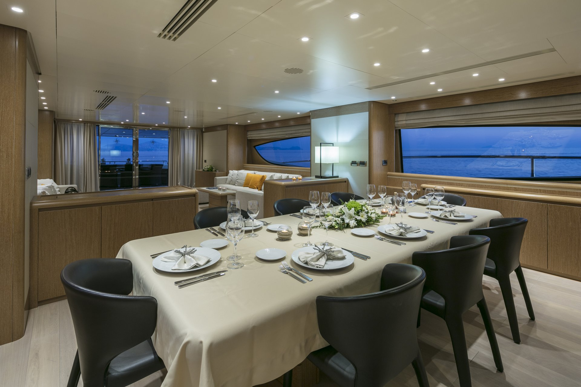 M/Y RINI V yacht for charter indoor dining