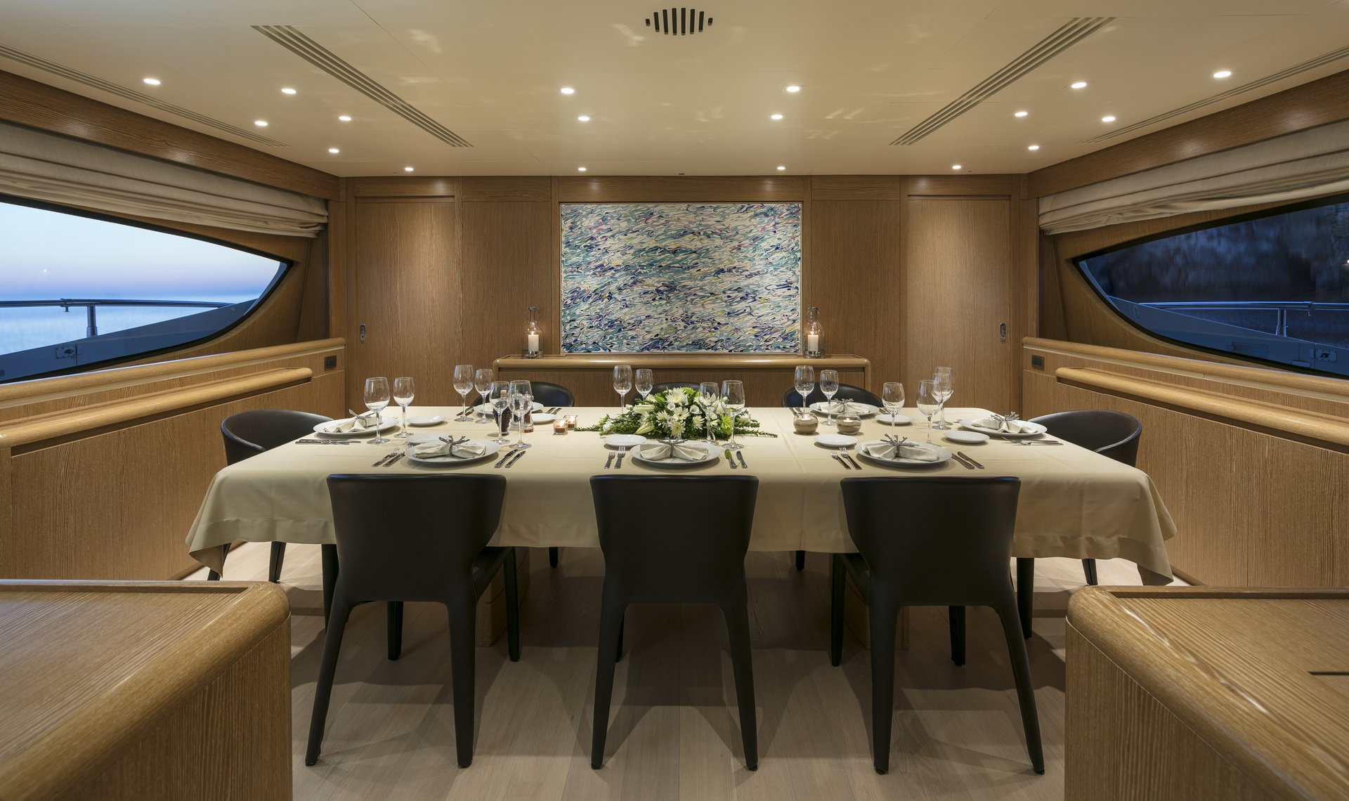 M/Y RINI V yacht for charter set dining table