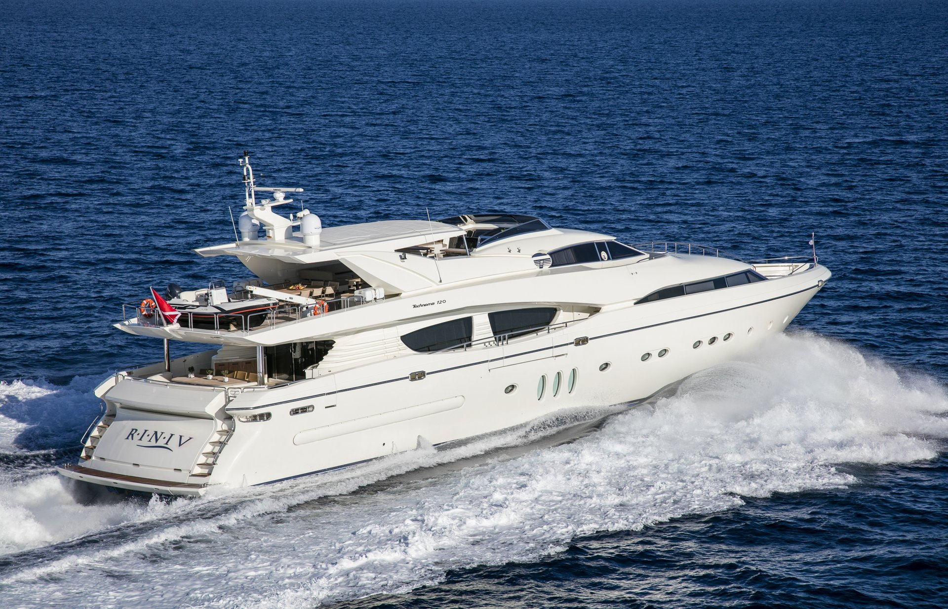 M/Y RINI V yacht for charter sailing