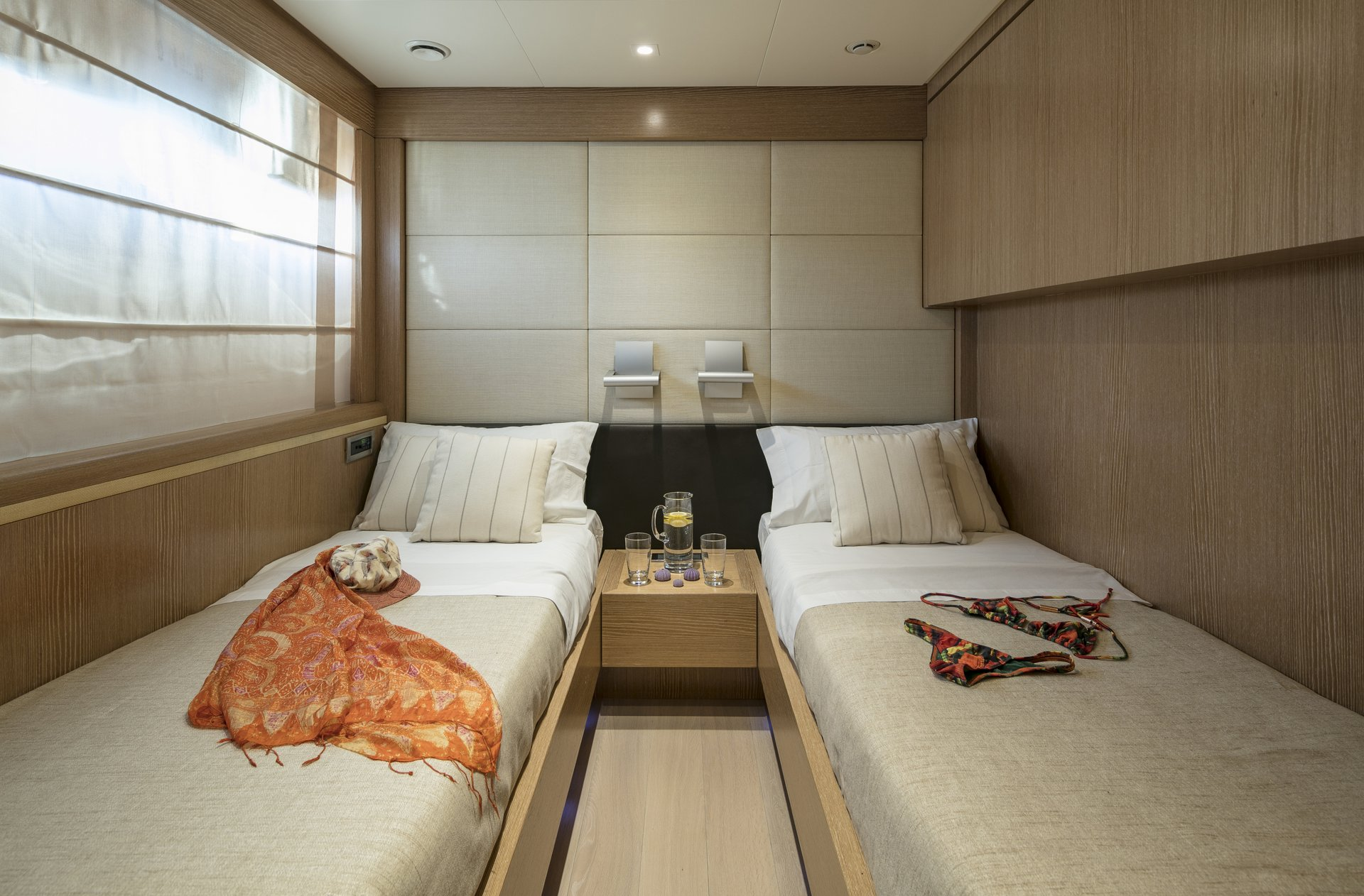 M/Y RINI V yacht for charter twin cabin