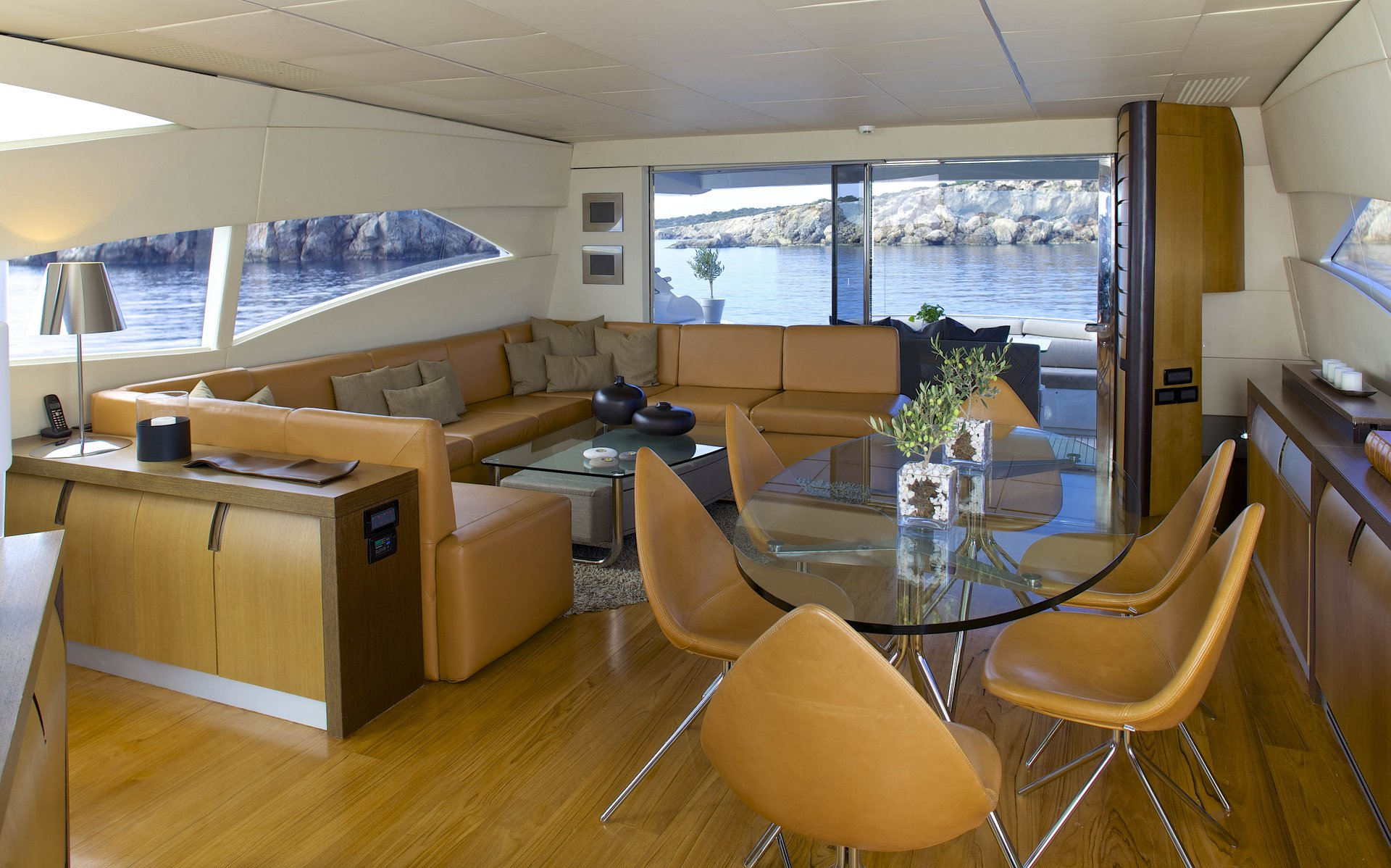M/Y SOLARIS yacht for charter indoor lounge