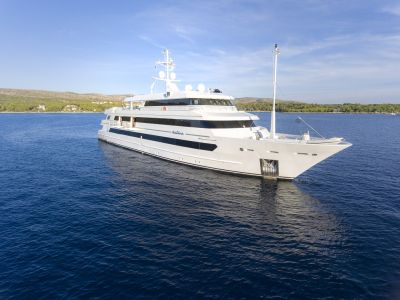 M/Y Katina yacht for charter full view on sea