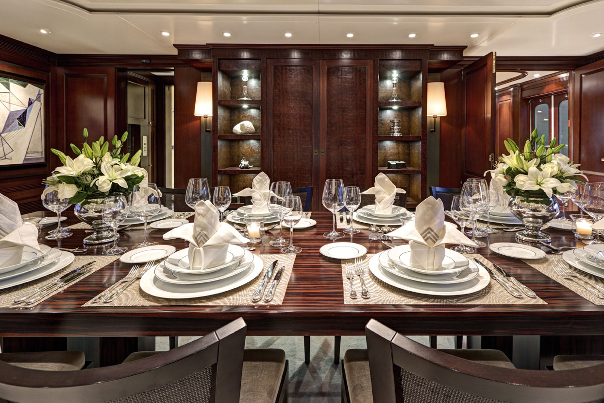 m/y azteca ii yacht for charter dining table decoration