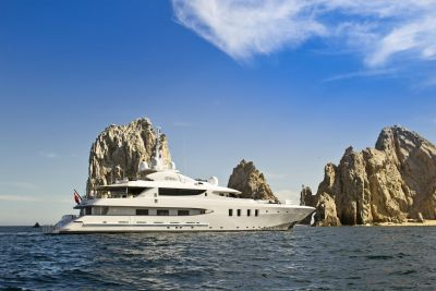 Profile view of M/Y AZTECA II Yacht for Charter
