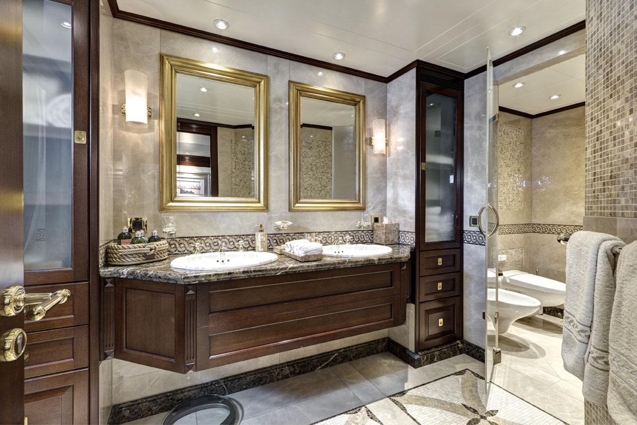 m/y azteca ii yacht for charter master suite bathroom