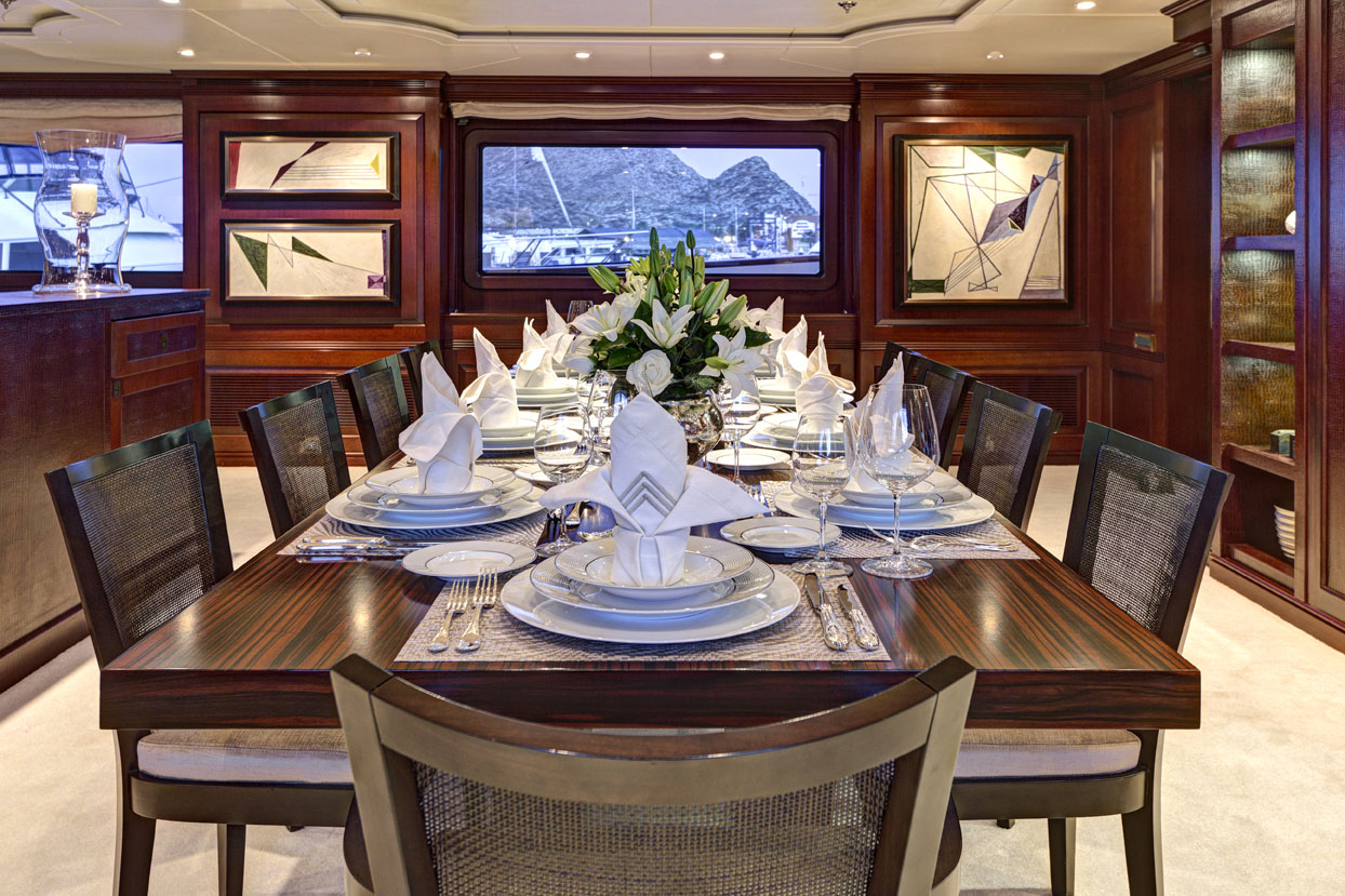 m/y azteca ii yacht for charter dining table