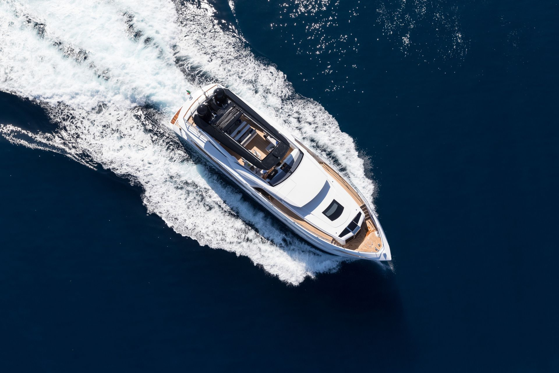 M/Y HANAA yacht for charter sailing