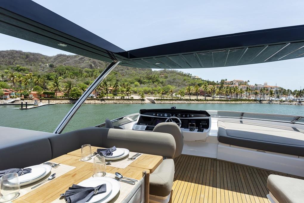 m/y kukureka yacht for charter captain seat