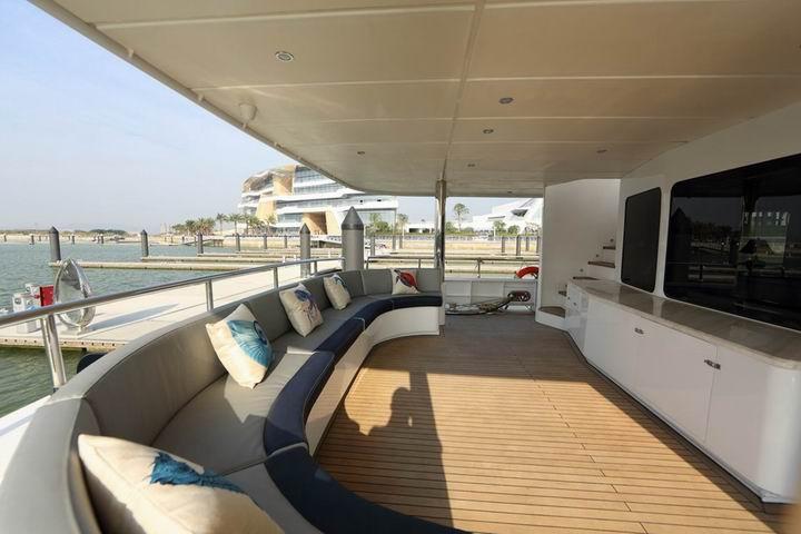 m/y samsara yacht for charter deck