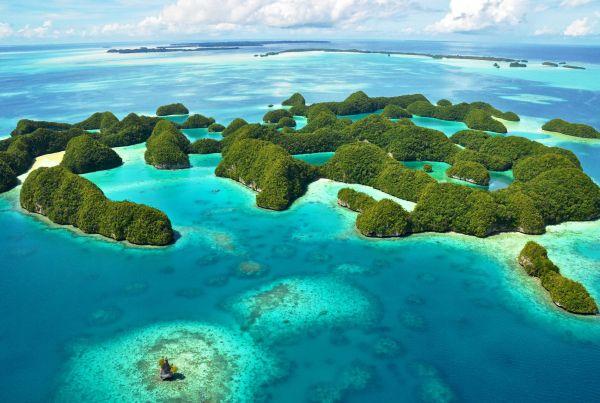 Paula Yacht Cruise through Micronesia