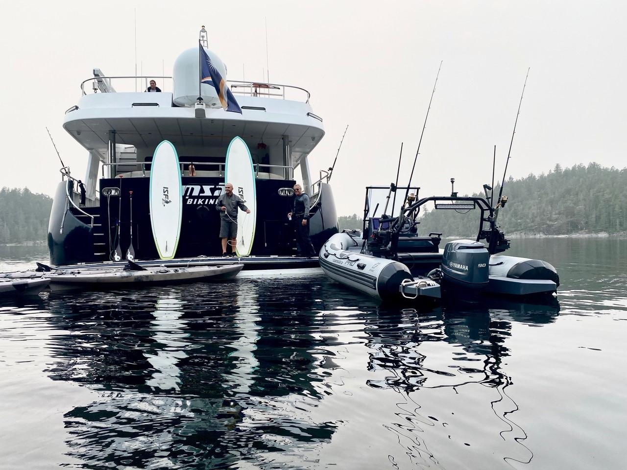 m/y samsara yacht for charter tender