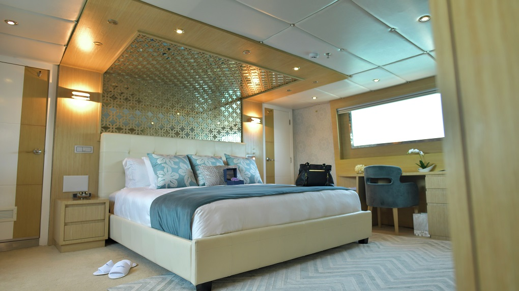 M/Y Stella Maris yacht for charter master suite