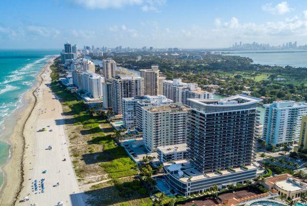 Miami on Florida Yacht Charter