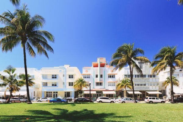 Ocean Drive on Miami Yacht Charter
