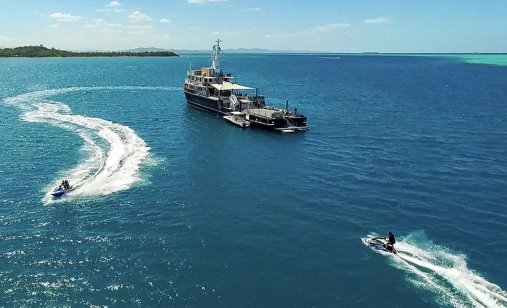 M/Y LATITUDE Yacht for Charter Cruising