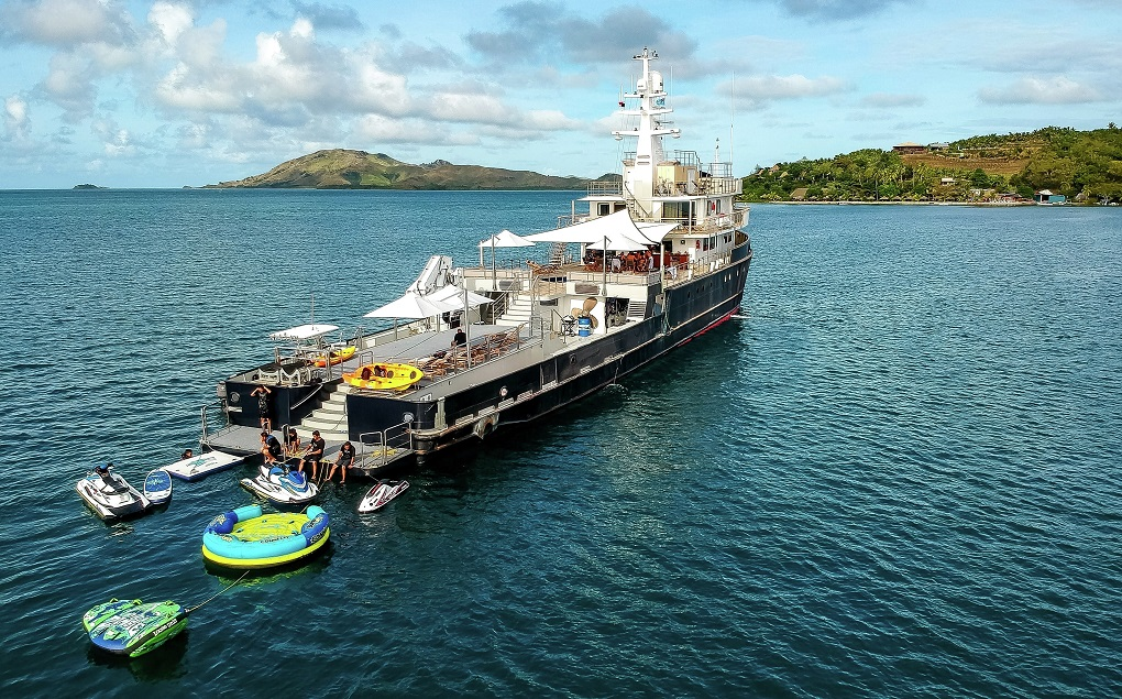 M/Y LATITUDE Yacht for Charter at Anchor