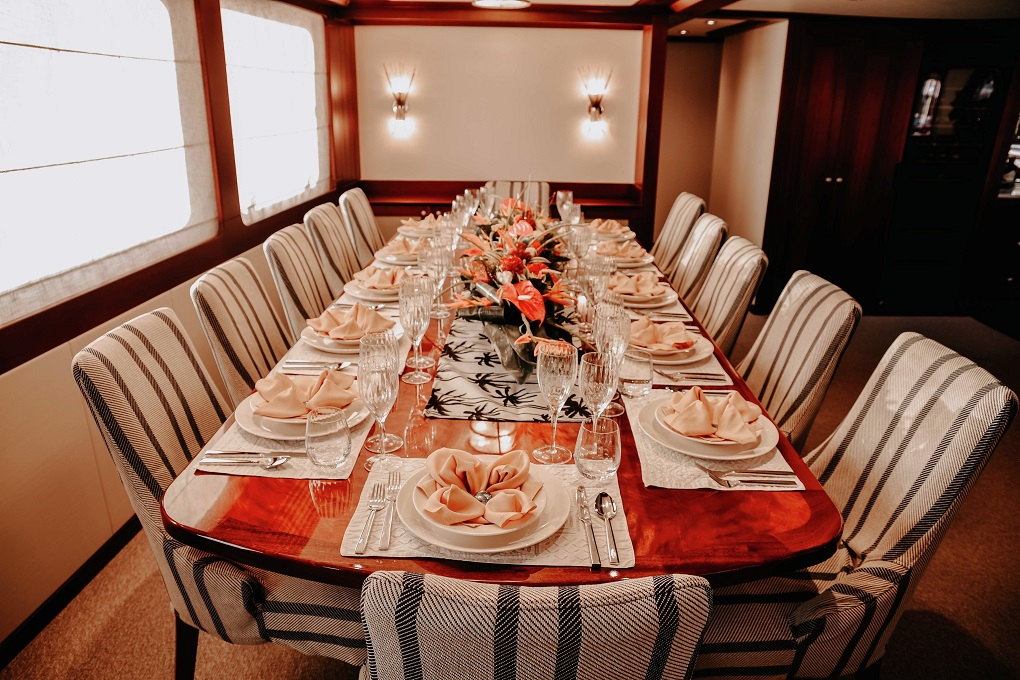 Dining Table Aboard M/Y LATITUDE Yacht for Charter
