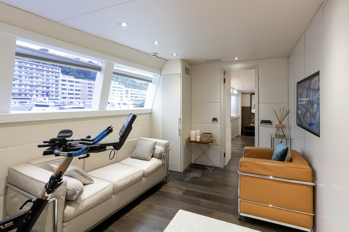 m/y palm b yacht for sale home gym