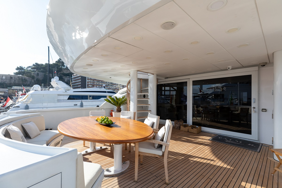 m/y palm b yacht for sale outdoor table