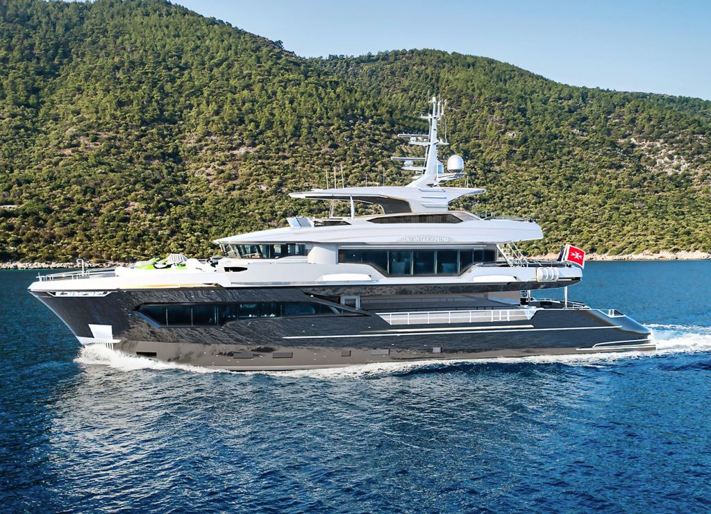 M/Y INFINITY NINE yacht for charter at sea