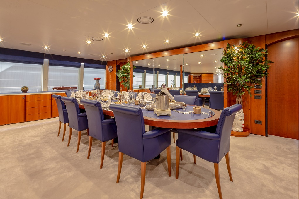 Dining Table Aboard M/Y Lucy III Yacht for Charter