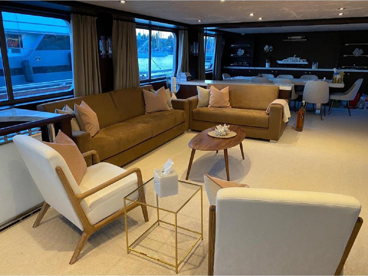 M/Y ATLAS Yacht for Sale - Saloon