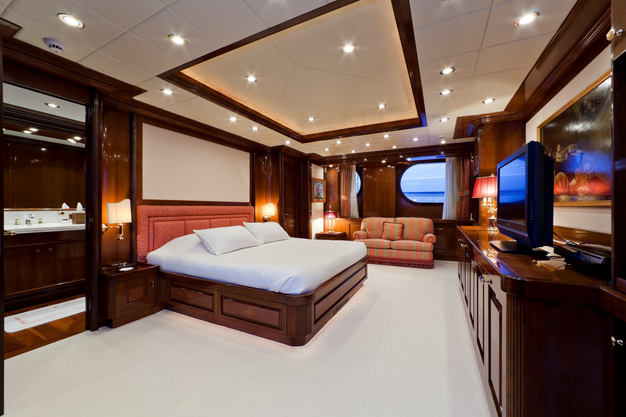 Sophie Blue yacht charter