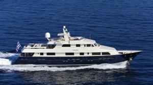 MY Magix Luxury Motor Yacht Charter