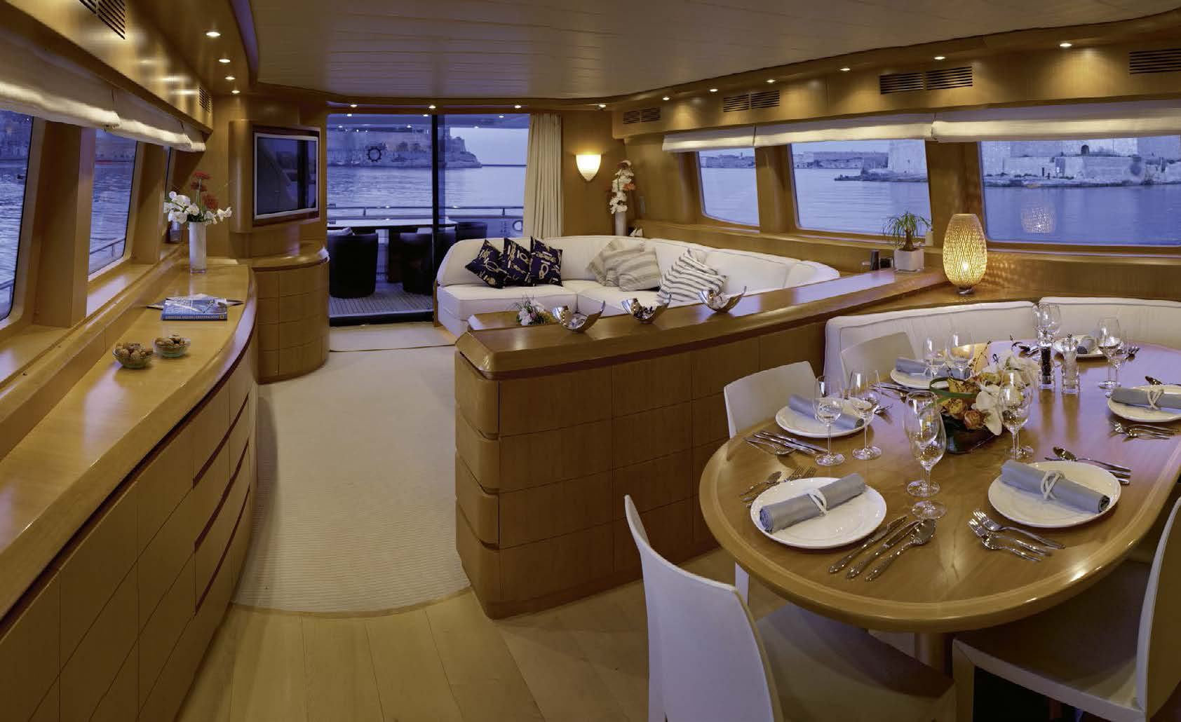 M/Y MEME yacht for charter lounge area