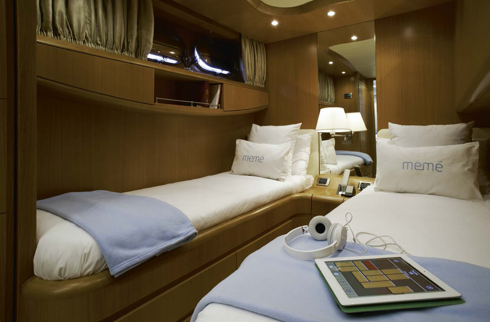 M/Y MEME yacht for charter twin bedroom