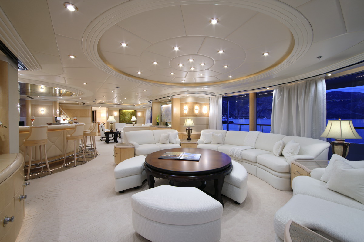 Capri luxury superyacht charter